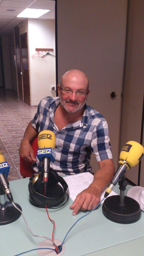Escolta a l'entrevista feta per l'Andreu Prunera de Ràdio Móra d'Ebre | Cadena Ser Catalunya al veterinari Enric Blade (Clínica Veterinària de l'Ebre)